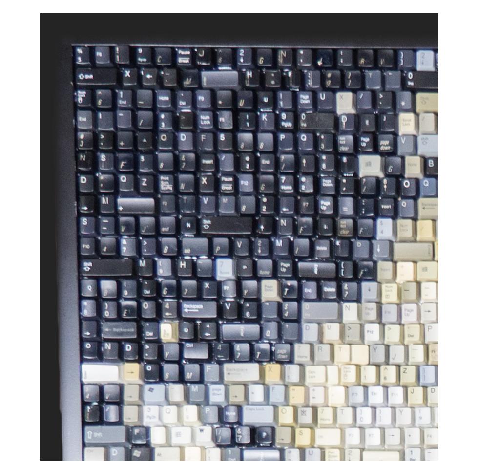 Ripleys-Dali-Keyboard_s01