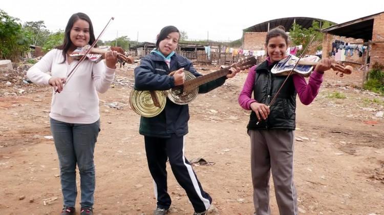 Land Phillharmonic trio