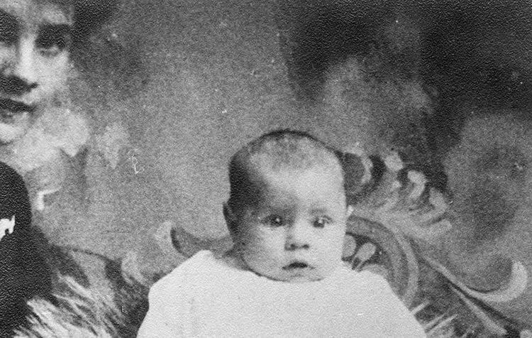 1890 - Robert Leroy Ripley is born