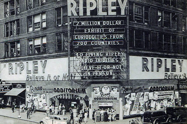 1939 - Broadway Odditorium
