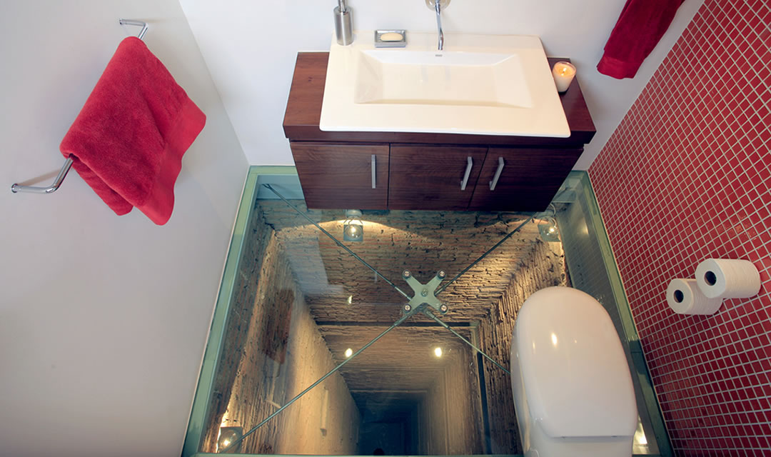 suspended toilet