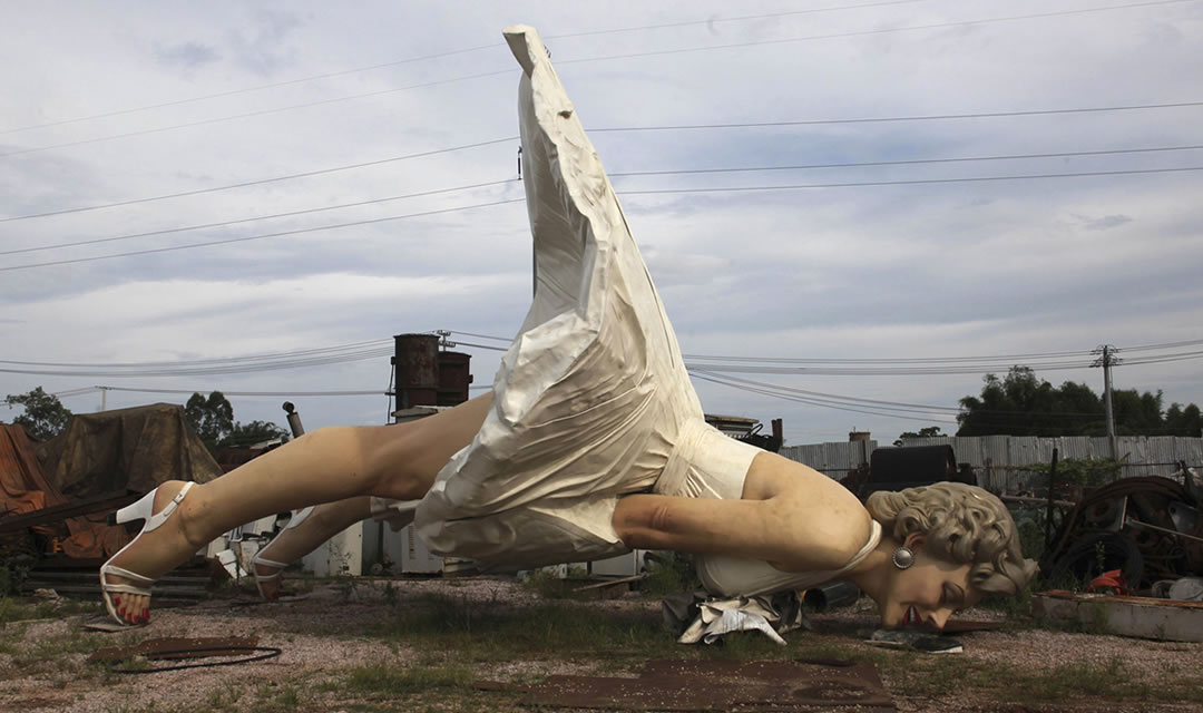 26 foot tall marilyn abandoned at the dump ripley s believe it or not
