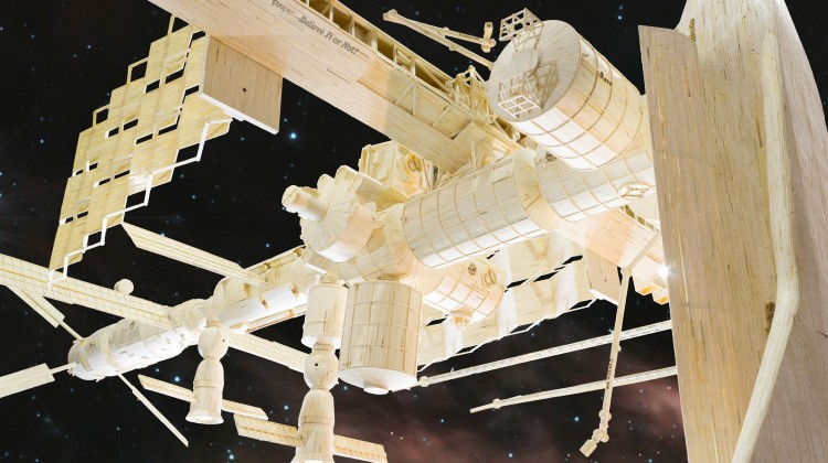Replica of the International Space Station Made of 221,000 Matchsticks