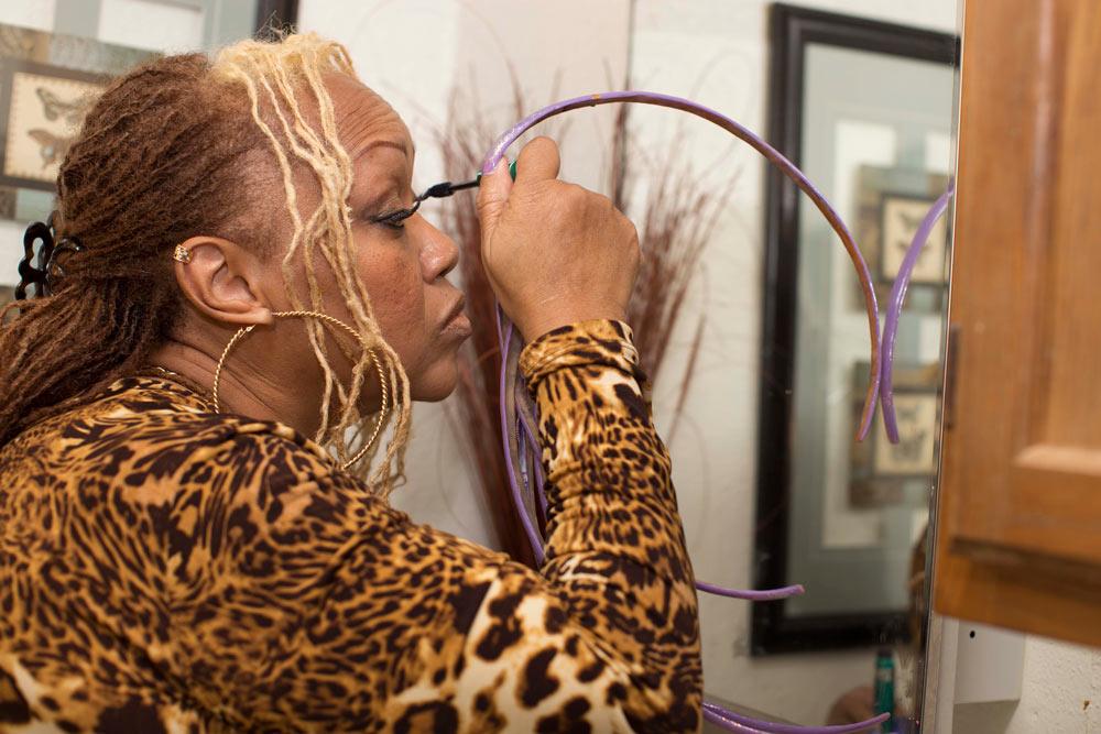 Ayanna Williams Applying Makeup