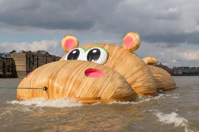 Giant Hippo by Florentijn Hofman