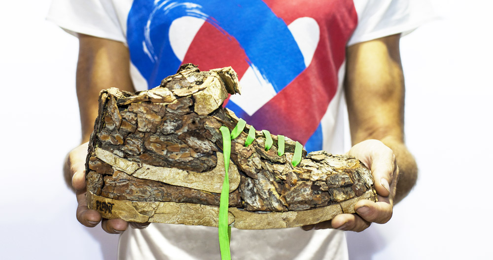 Shoe made of Wood Chips