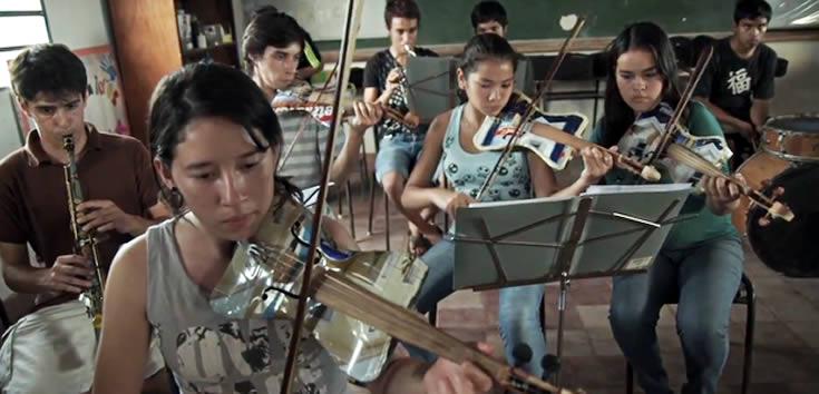 The Landphillharmonic students in class