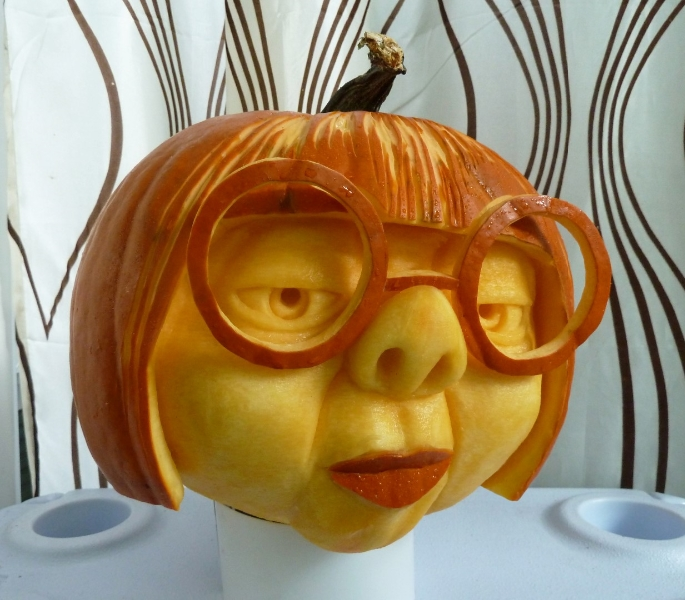 6 unbelievable pumpkin traditions this halloween for The coolest pumpkin carvings