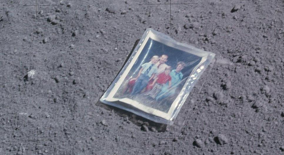 moon family photo