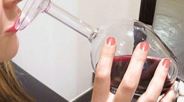 upside-down-wine-glass-1b