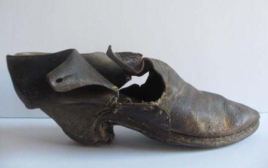 concealed shoe