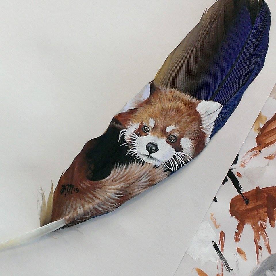 Krystle Missildine Makes Amazing Paintings on Feathers