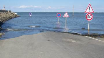Passage du Gois: The Road That Disappears Twice a Day