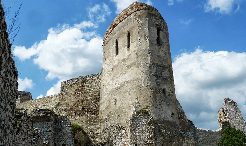 Main tower at Cachtice Castle, Slovakia.