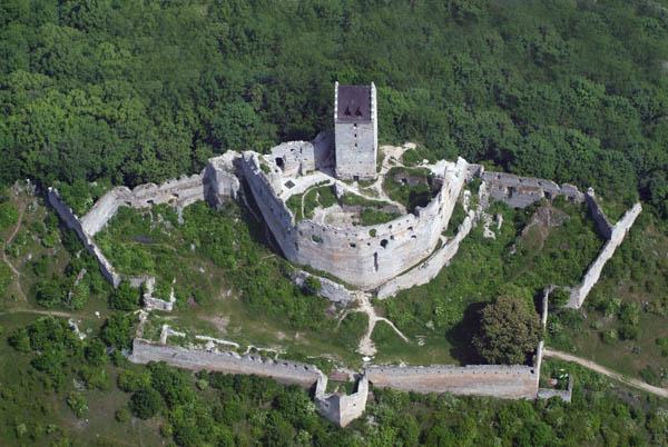 Csejte Castle