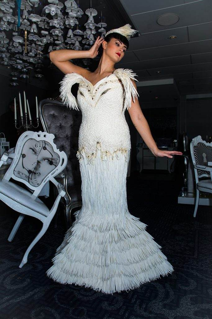 Amazing Toilet Paper Wedding Dress