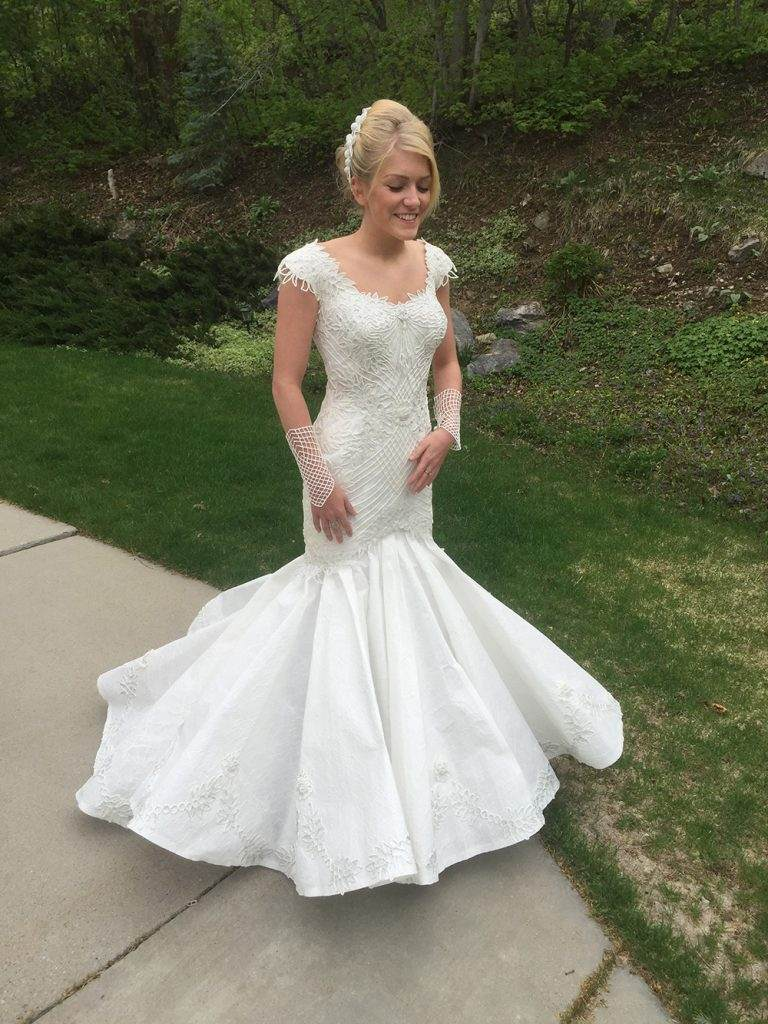 Toilet paper wedding dress ripley 39 s want to donate one for Toilet paper wedding dress 2017