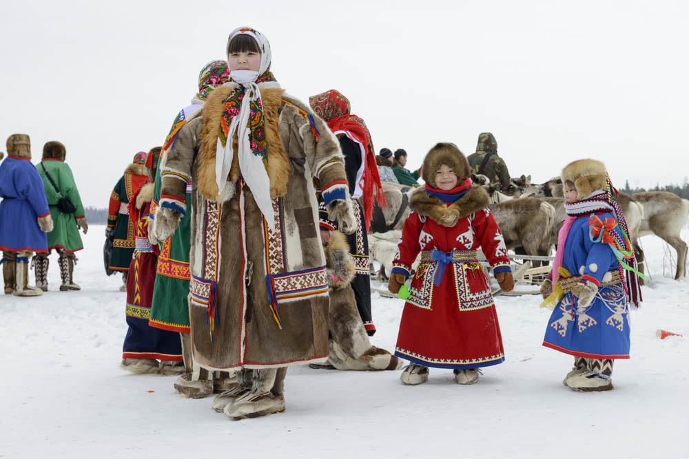 reindeer games participants