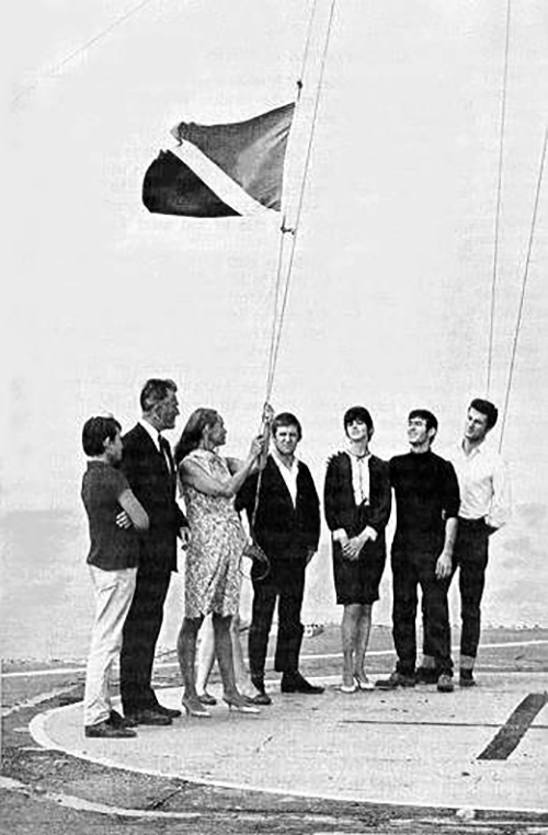 sealand flag raising