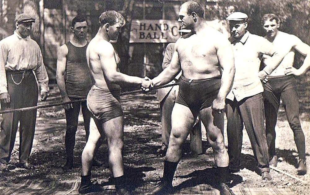 circus wrestlers