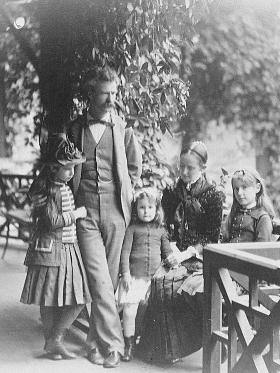 olivia langdon family