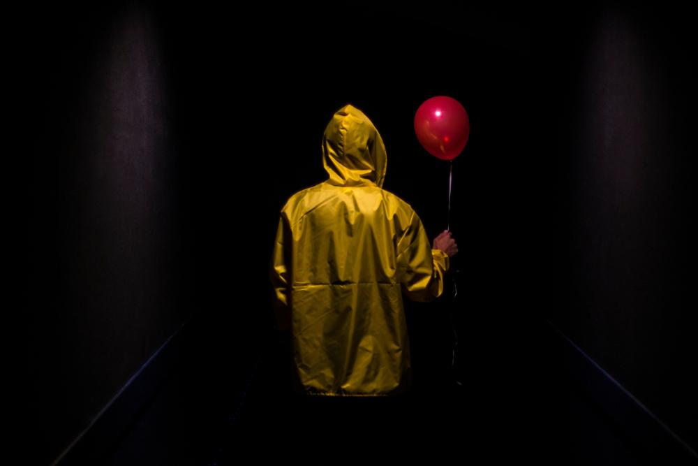 shutterstock it red balloon