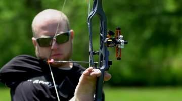 armless archer