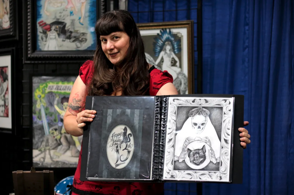 artist at oddities and curiosities expo