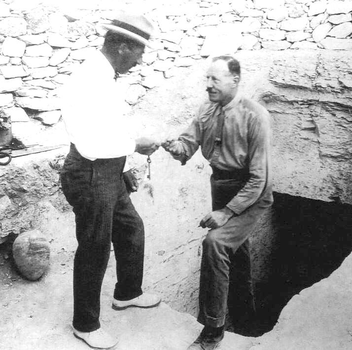 Howard Carter and Lord Carnarvon 1922