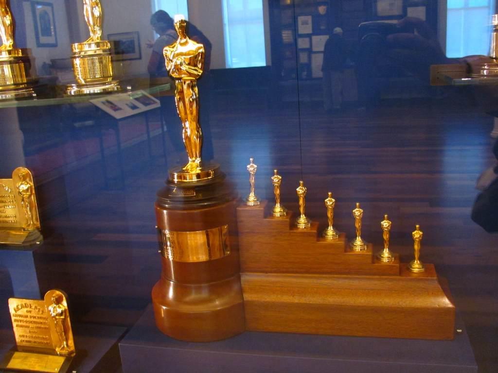 Walt Disney Snow White and The Seven Dwarfs Award
