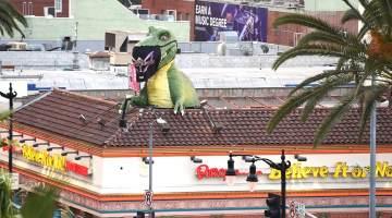 Masked Singer Dino
