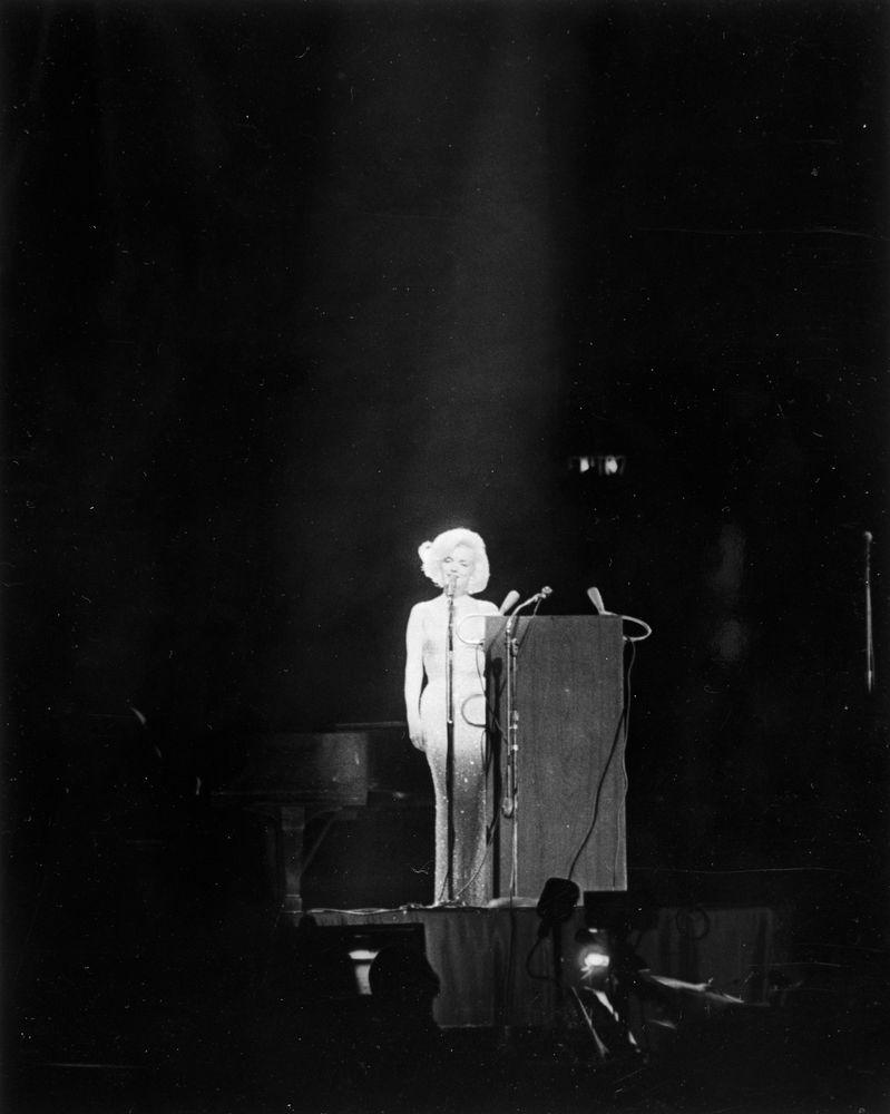Marilyn Monroe Happy Birthday Mr. President