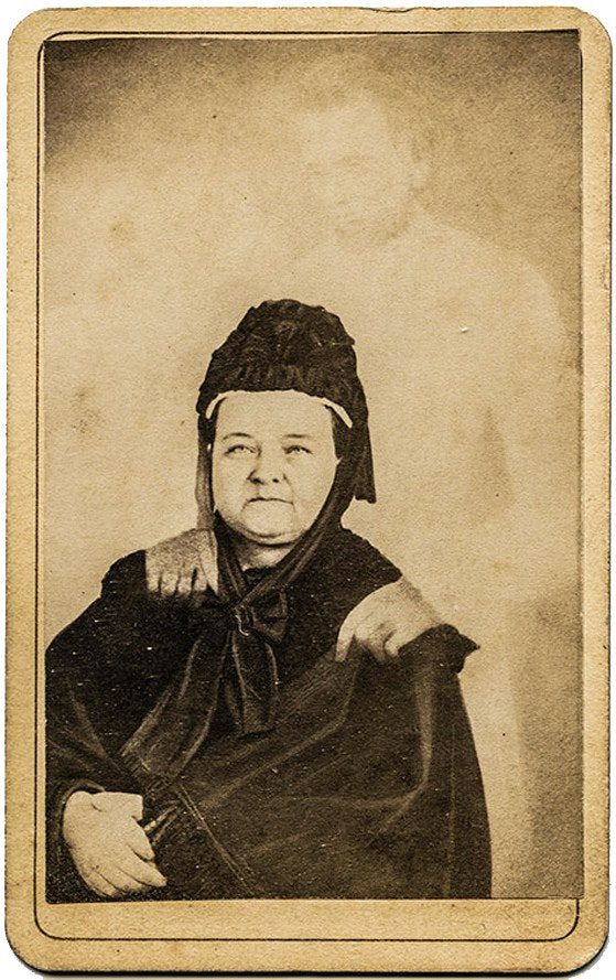 Mary Todd Lincoln Spirit Photographer