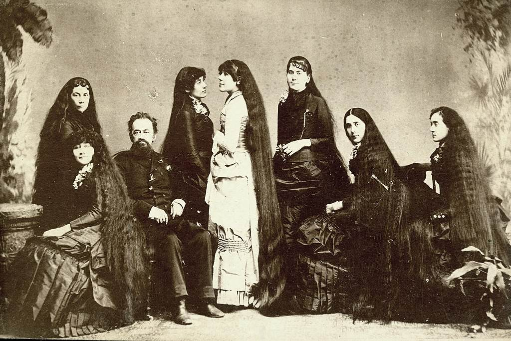 All Seven Sutherland Sisters