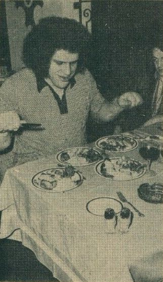 Andre The Giant lunch