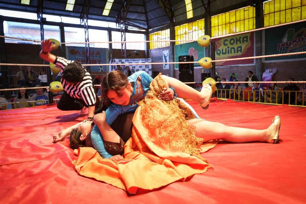 Bolivian Wrestlers Takedown